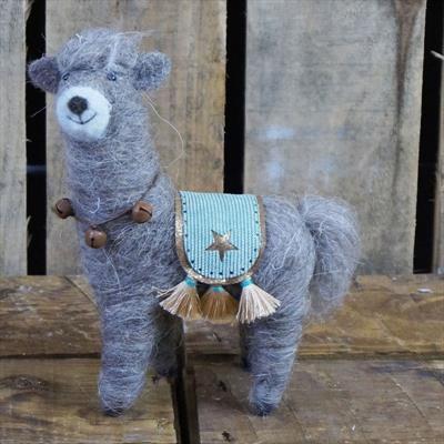 Llama drama (felt wool) £9