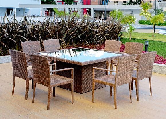 Conjunto mesa Quadrada com 8 cadeiras com braço