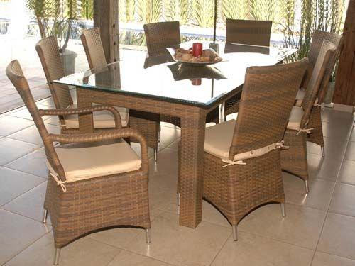 Conjunto mesa retangular com 8 cadeiras com braço