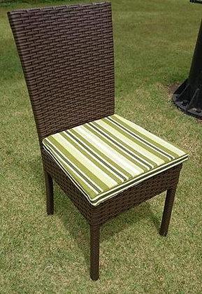 Cadeiras reta com estofado cd 10 c.es