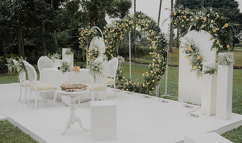 intimate white wedding