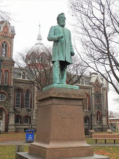 Rev. Thomas K Beecher Statue