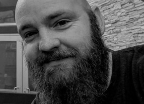 How to Join the Awesome Bald Guy Club: an Interview with Justin Hunter