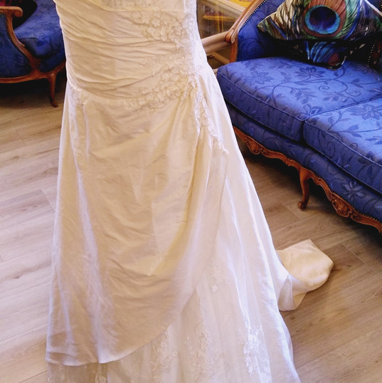 Wedding Dress by Forget me not size 14