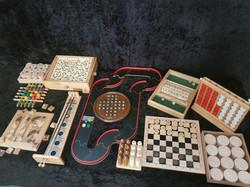 Salon des mini-jeux en Bois