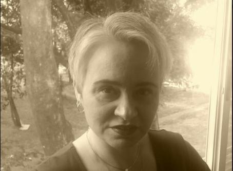 Apresentando Autores - Bibiana Danna
