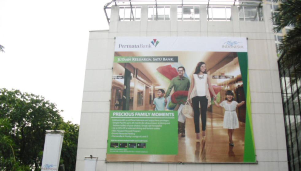 Shopping Mall Branding - Permata Bank