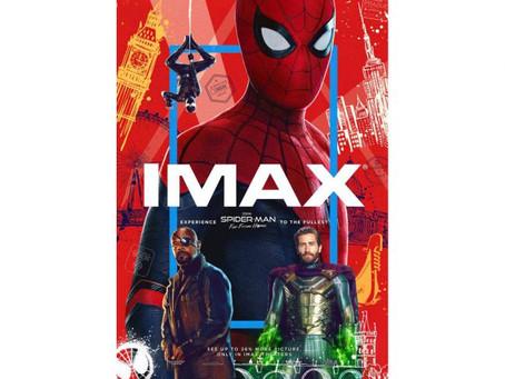 Poster Spider-Man adalah Mimpi Buruk Photoshop
