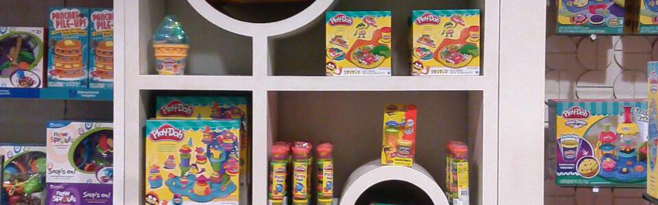 POP Shelf Display - Play-Doh
