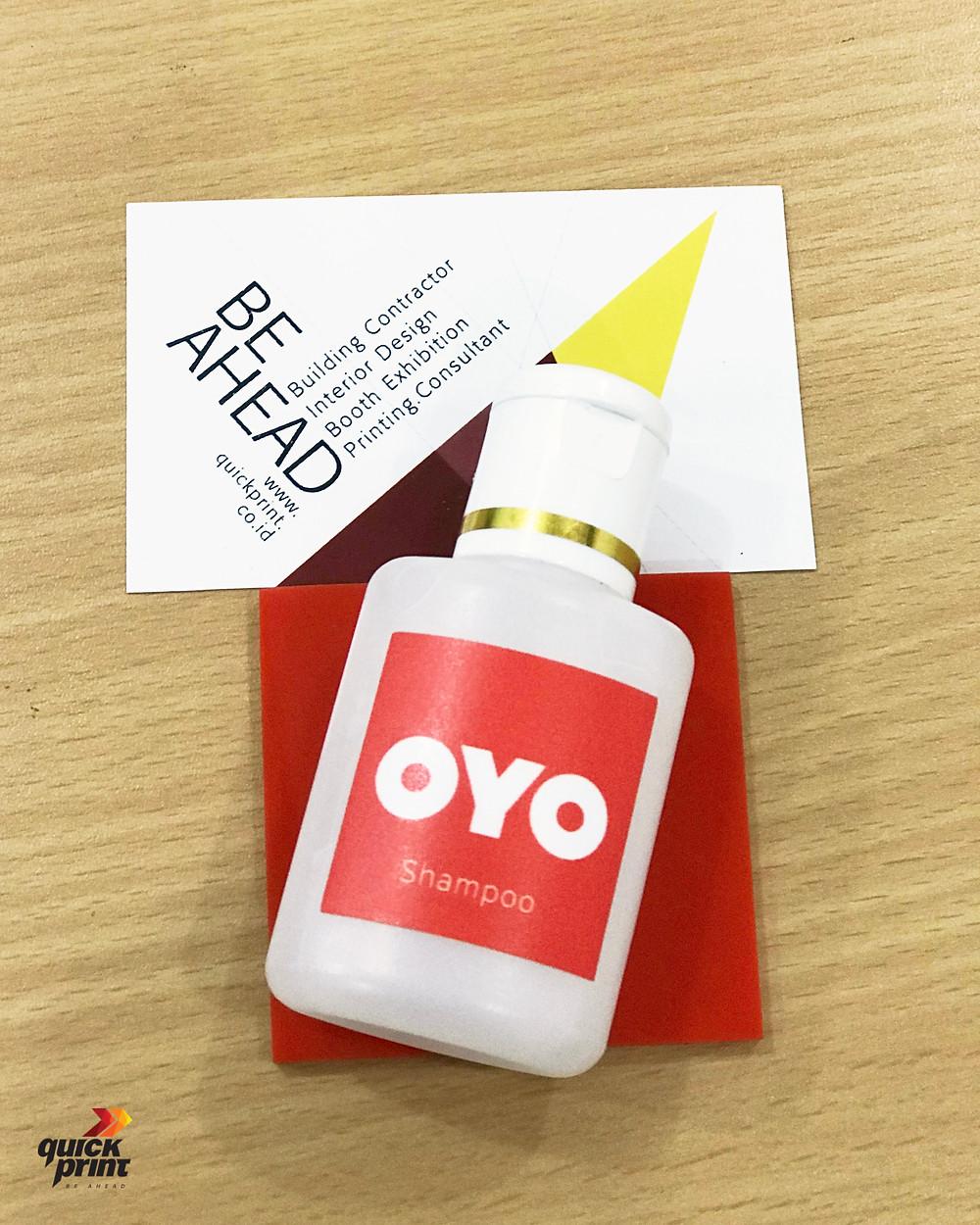Stiker vinil juga bisa digunakan sebagai label atau branding produk usaha Anda