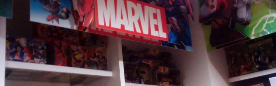 POP Shelf Display - Marvel