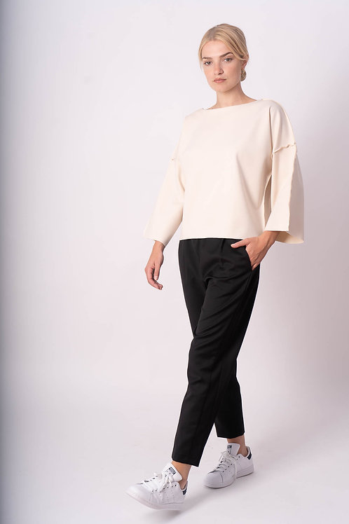 Pants with elastic waistband in black coolwool