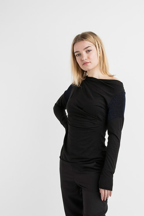 Jersey top in black with blue brilliant sleeve insert