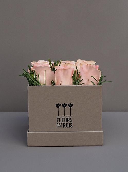 Boîte à Fleurs Roses Rose