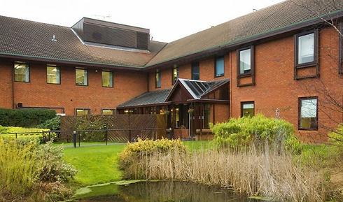 Spires-Hospital-Harpenden-01-780x460.jpg