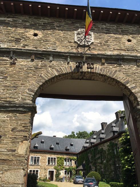 Château de Bra-sur-Lienne.