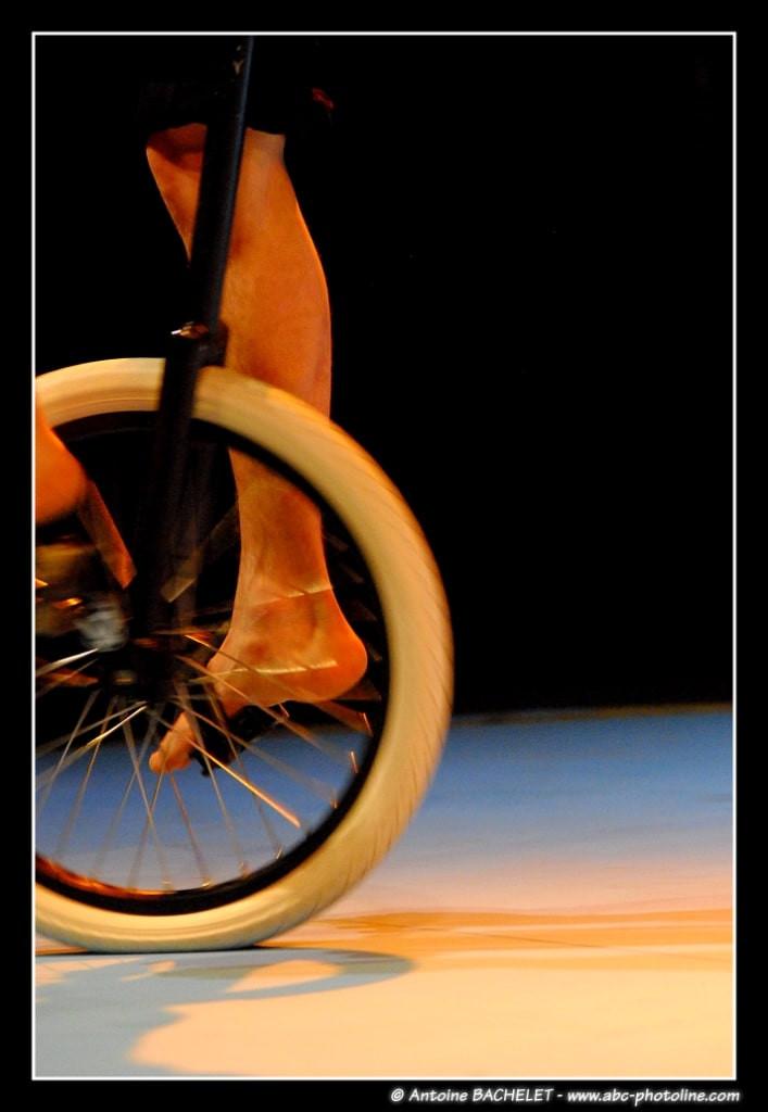jonathan monocycle 1-min.JPG