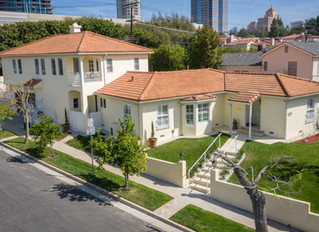 Join me at my LIVE Virtual Open House THIS SUNDAY 4/12 2pm-4pm 2002 Fox Hills Dr $2,750M 4bd/5ba