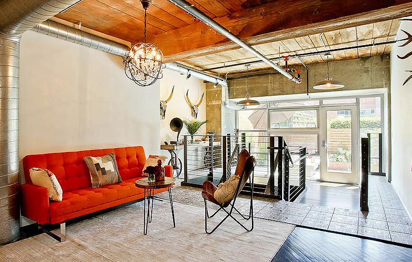 2.0_upstairs livingroom