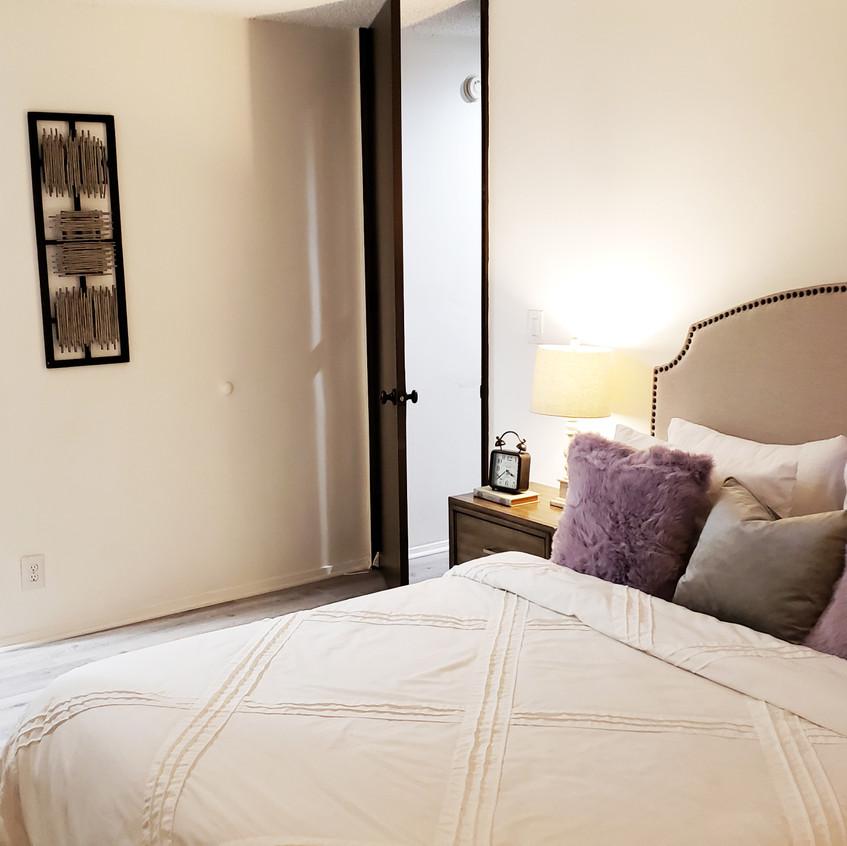 9_master bedroom