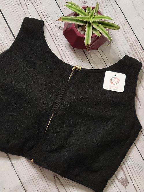 Black Chikankari crop-top