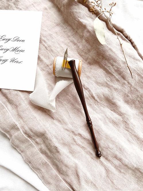 Federhalter Geistreich Kalligrafie Kalligraphie Obliquepen Schrägfederhalter Schweiz Basel Atelier Kreativ Workshop