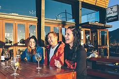 Wanaka-Bars-Pubs-Lakebar-JR.jpg