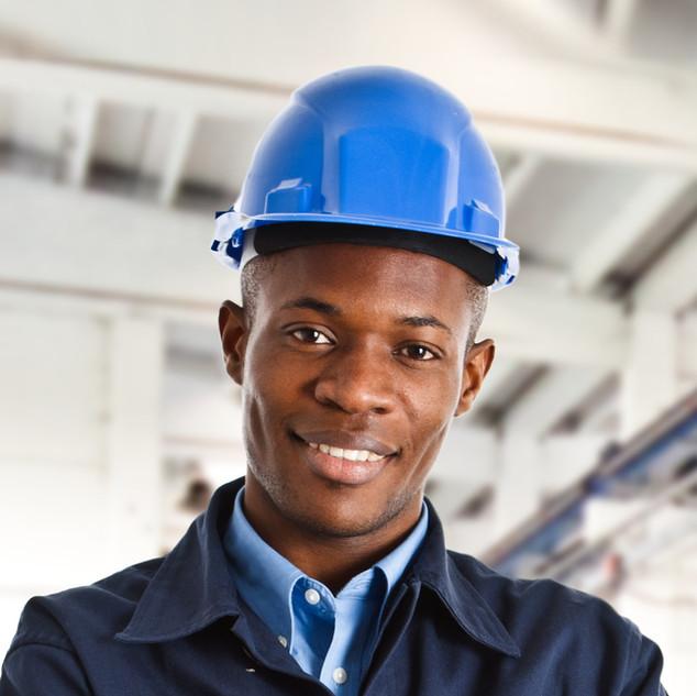 Arbeiter mit Blauhelm