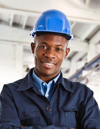 ブルーヘルメットを持つ労働者