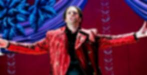 Mark Milhofer, tenor