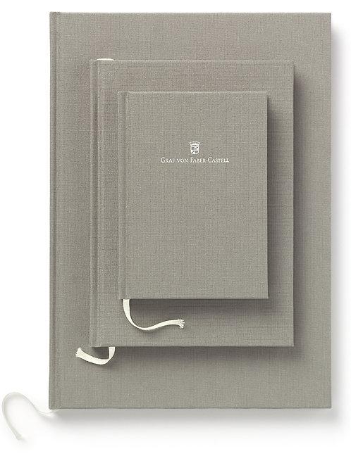 Notesbog A4 i farver der matcher Guilloche serien. Vælg farve ***