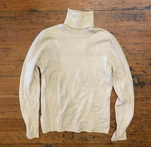 White + Warren Cashmere Turtleneck