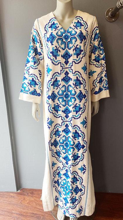 Vintage Embroidered Caftan   M/L