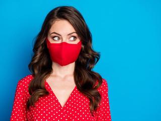 Uso de máscara pode aumentar a acne na pele; veja como amenizar