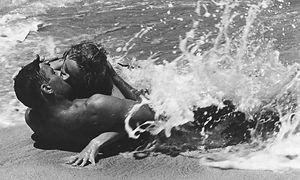 beach-kiss.jpg