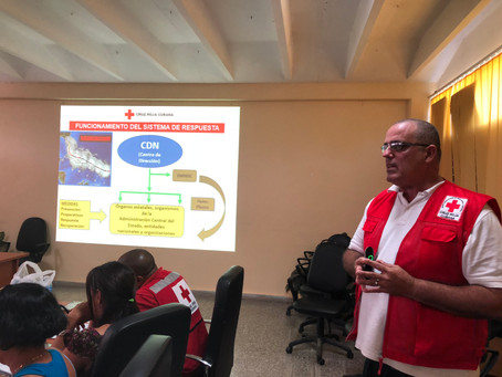 Cursos son impartidos a voluntarios en la Habana, Cuba
