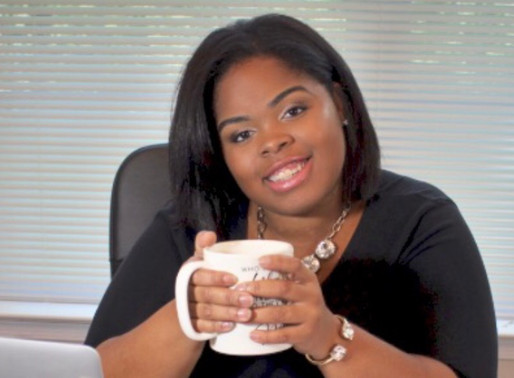 Entrepreneur Highlight: Alicia Holliday's Story on How She Became a Mommy Mogul