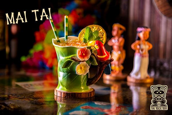 Cocktails Mai tai au Tiki Rock Bar