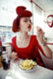 Shooting photos à l'American Dream Diner - Photographe : Mike Nyembo Modèle : Mihaela AR