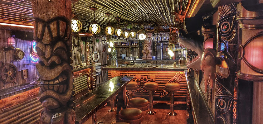 Rock bar Geneva Hawaiian cocktails