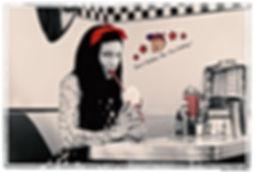 Shooting photos à l'American Dream Diner - Photographe : Kevin Wälti Modèle : Nemesis