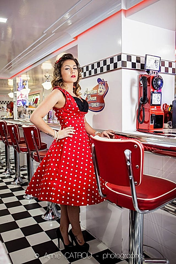 Shooting photos à l'American Dream Diner - Photographe : Annie Catrou, Modèle : Andreia Book