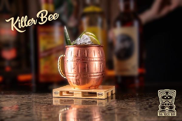 Cocktails Killer Bee au Tiki Rock Bar