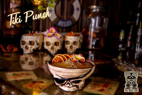 Cocktails Tiki Punch au Tiki Rock Bar