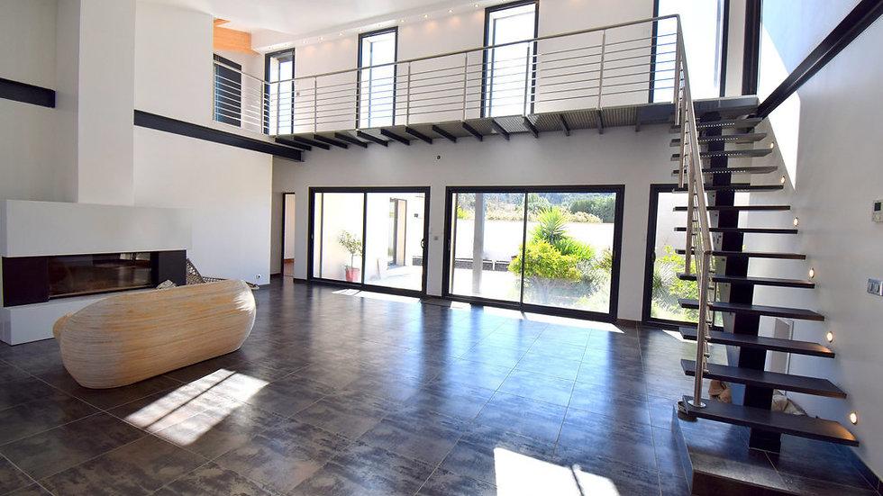 MAISON 240 m² 6 chambres 2 garages terrain 1300 m² 6km SIGEAN AUDE