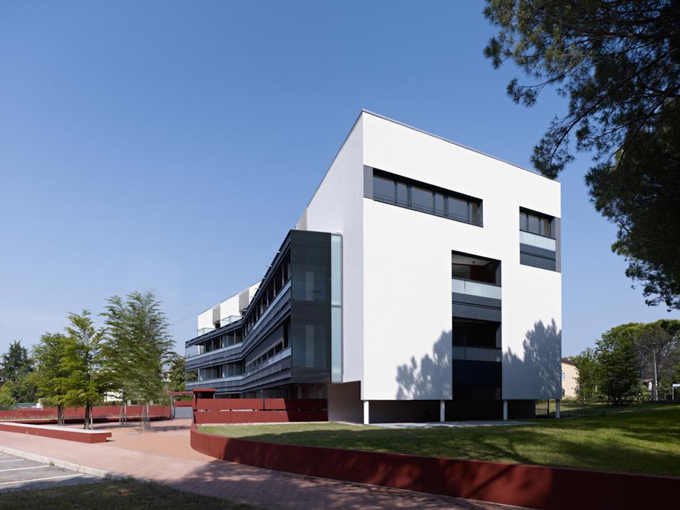 IFN1 Housing