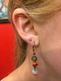 ear lobe, ear piercing, jewelry