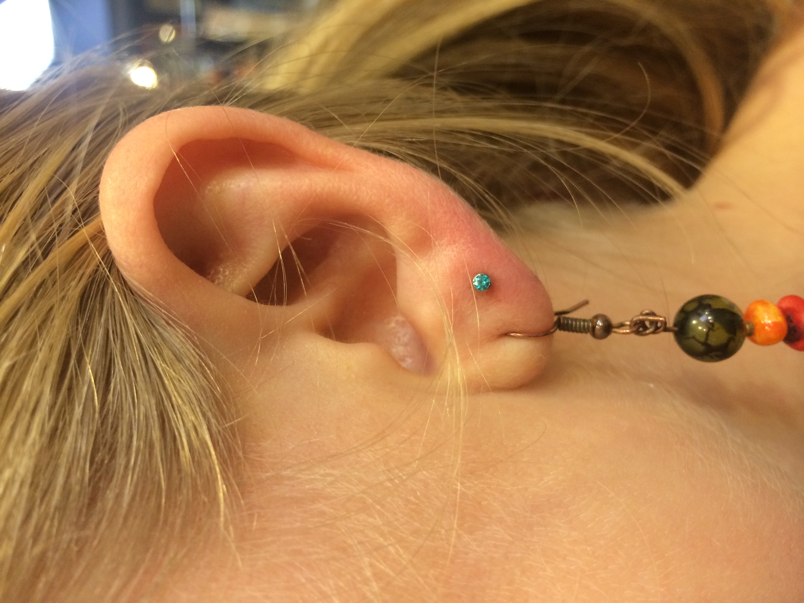 ear lobe, ear piercing, jewelry