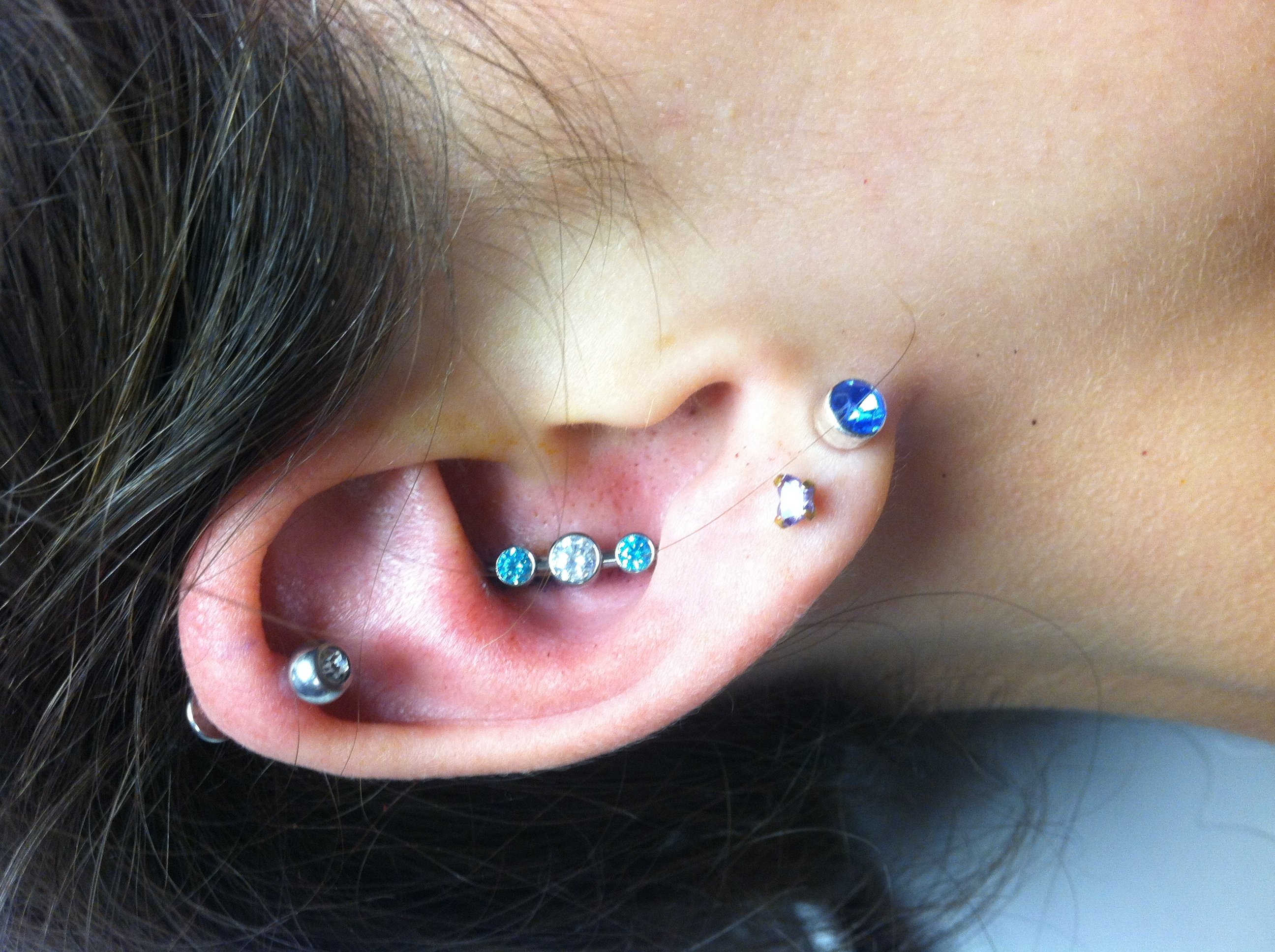 cartridge piercing, jewelry