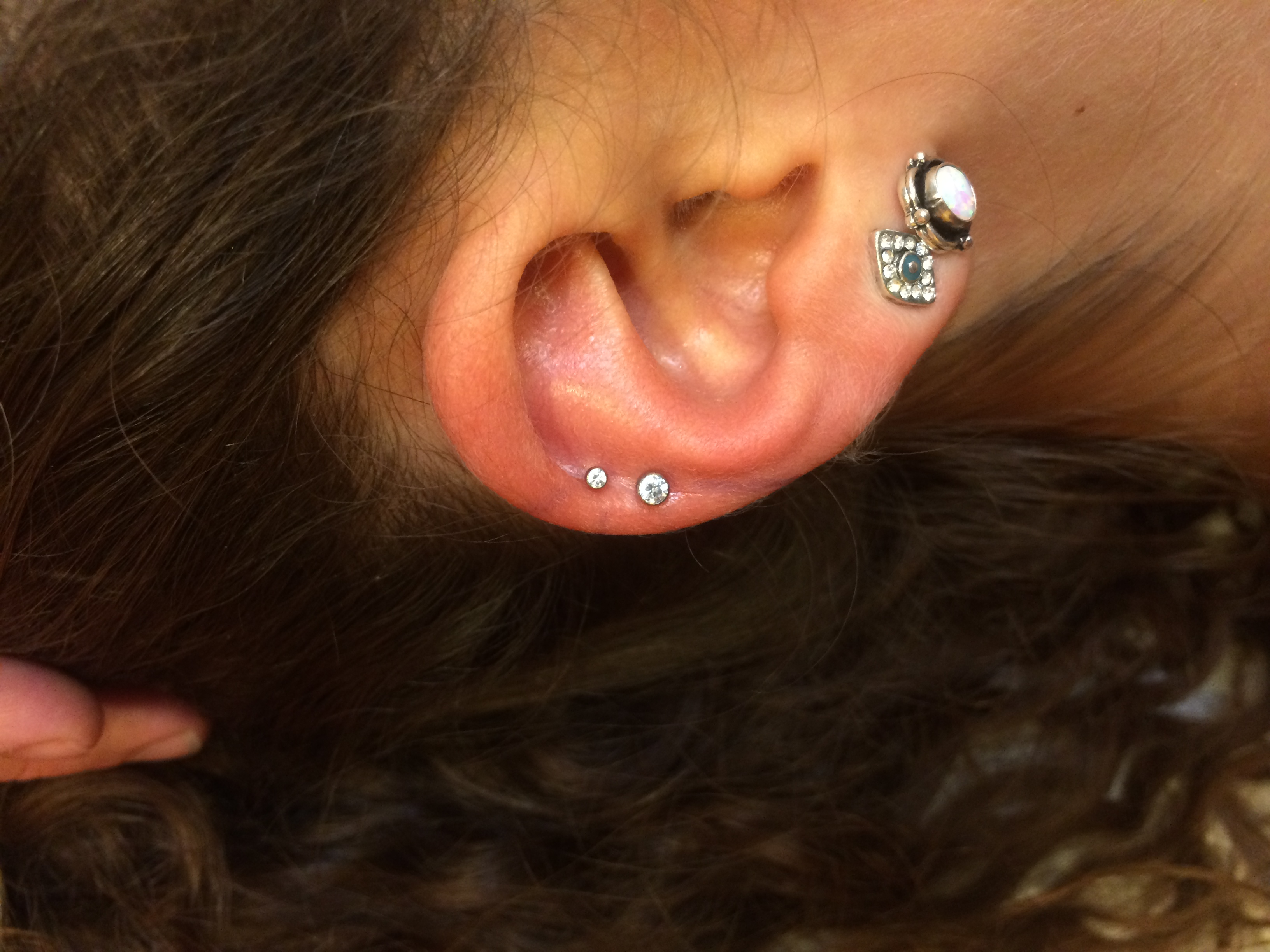 helix ear piercing, jewelry